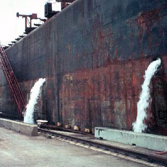 Ship discharging ballast water. Photo: providence.edu