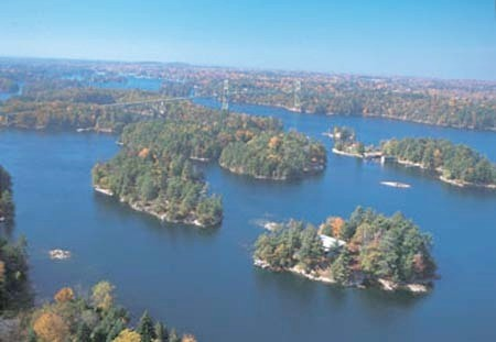 Photo courtesy www.visit1000islands.com
