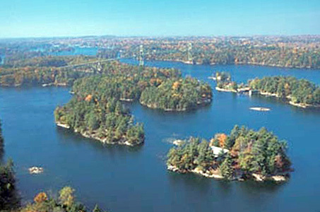 "Photo courtesy <a href=""http://www.visit1000islands.com"">Thousand Islands Tourism Bureau</a>"