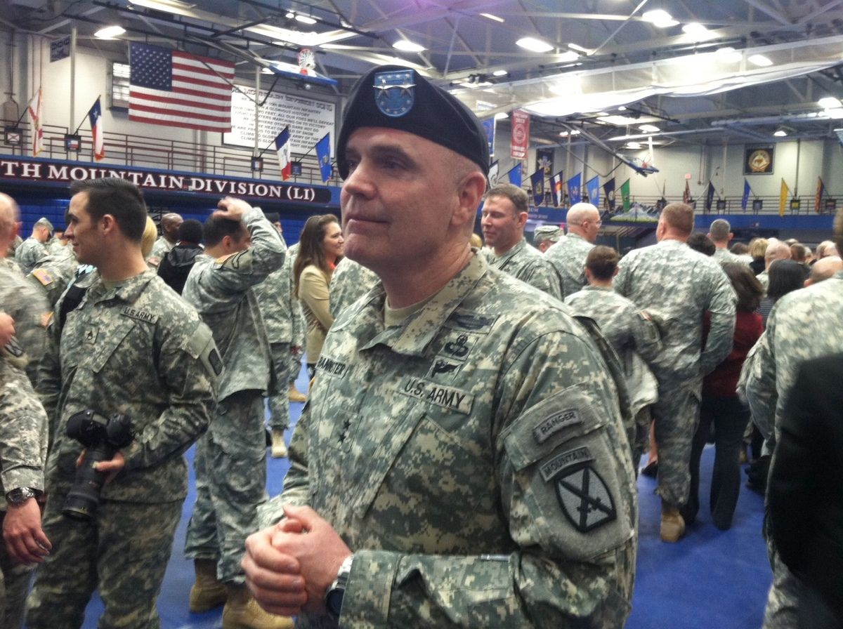 Maj  Gen  Jeffery Bannister assumes command at Fort Drum