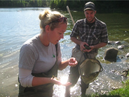 Adrienne Lewis and Justin Robert examine Jock River aquatic life (photos by Lucy Martin)