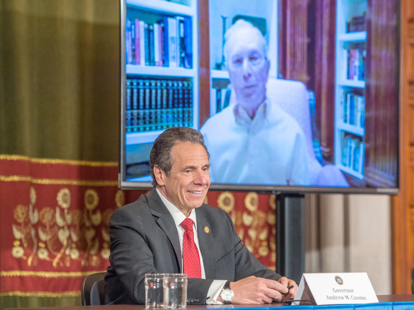 governor cuomo with mayor deblasio on video screen