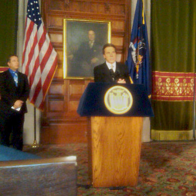 Governor Andrew Cuomo comments on the PEF contract ratification Thursday afternoon. Photo: Karen DeWitt