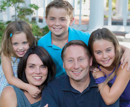 "Rob Astorino and family. Photo: <a href=""http://www.robastorino.com/?mf_portfolio=35"">RobAstorino.com</a>"