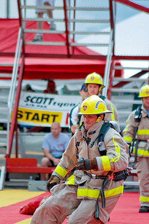 "Firefighter competition. <a href=""<a href=""http://www.flickr.com/photos/37996606796@N01/3848640087/"">Ken Mist</a>, Creative Commons, some rights reserved"