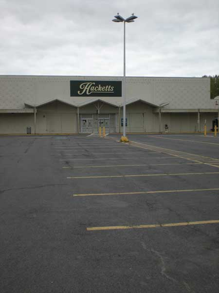 The Canton store that was once Ames, then Wise Buys, then Hacketts -- now shuttered.