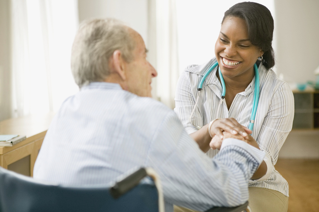 Ny Lawmakers Back Advanced Tasks For Home Health Aides Ncpr News