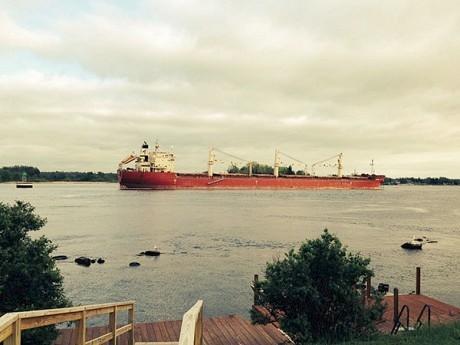 The Federal Kivalina remains grounded near the Thousand Islands Bridge. Photo: Emmett Smith