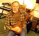 Lee Knight and his fretless 5-string banjo