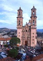 Taxco's Templo de Santa Prisca