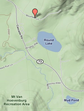 Red pin marks section of Old Mountain Rd. Source: Google Maps