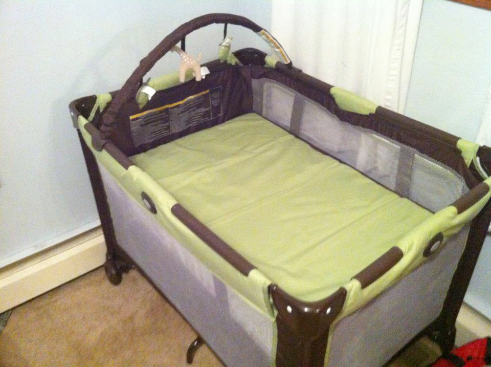 NY distributes free cribs to fight sleep-related baby ...