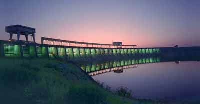 The Long Sault Dam is part of the hydropower generating complex on the St. Lawrence River near Massena. Photo: New York Power Authority