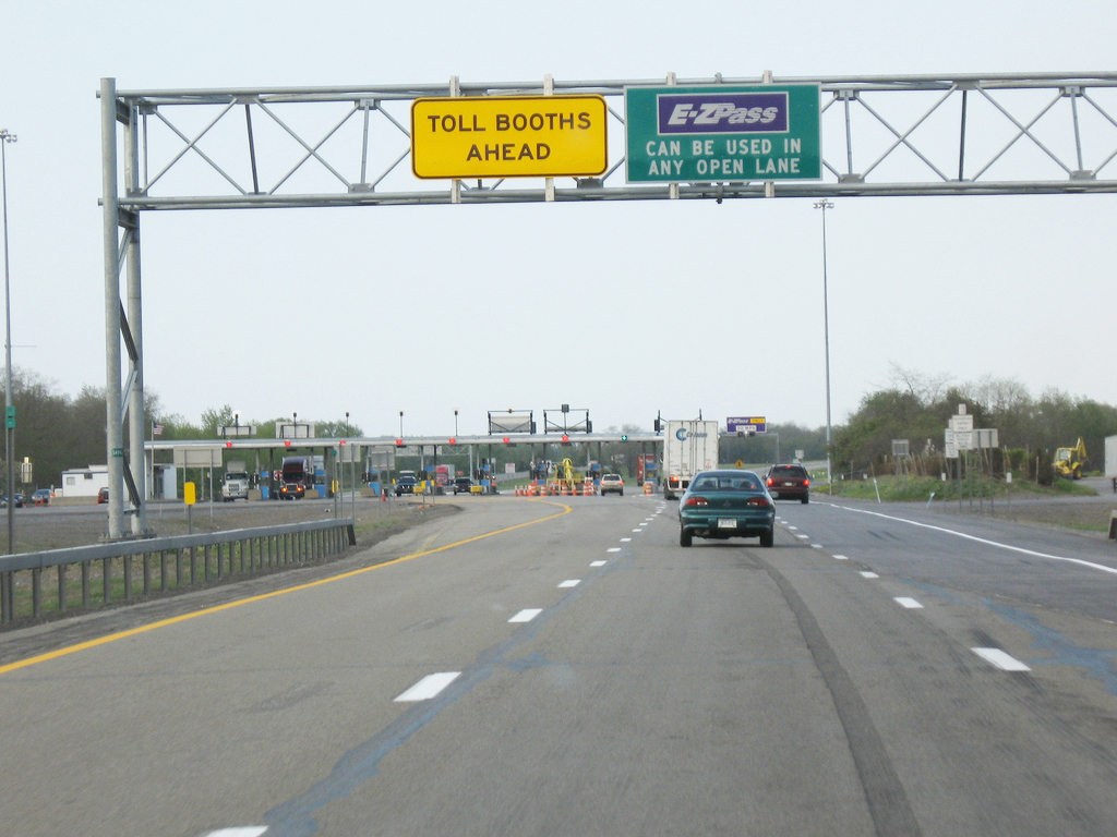 NY Thruway won't have cashless tolling anytime soon | NCPR News