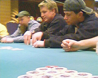 "Poker players at Turning Stone Casino. Photo: <a href=""http://en.wikipedia.org/wiki/File:Turningstonepoker.jpg"">Pwrbanker</a>, public domain"